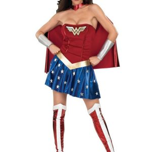 Wonder Woman Naamiaisasu